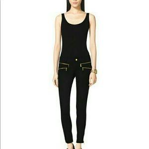 Black Michael Kors skinny pants...Size 0